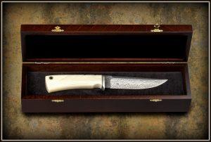 Kolekcinis peilis 300 (7) Hunting knife, Medžiokliniai peiliai, peiliai medžioklei, rankų darbo peiliai, peilis medžiotojui, peilių gamyba, išskirtiniai peiliai, dovana vyrui, verslo dovanos, kokybiški peiliai