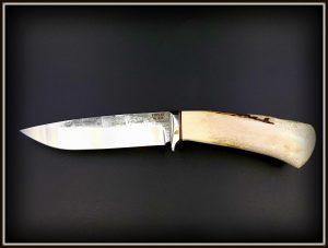 Medzioklinis peilis 424 (1) Medžiokliniai peiliai, peiliai medžioklei, rankų darbo peiliai, peilis medžiotojui, peilių gamyba, išskirtiniai peiliai, dovana vyrui, verslo dovanos, kokybiški peiliai